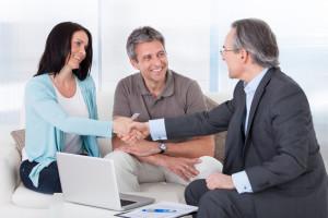 Eine Kapitallebensversicherung können Sie verkaufen oder kündigen.