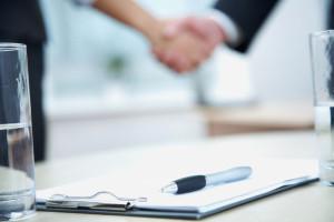 Ihr Recht, eine Lebensversicherung zu kündigen, ist per Gesetz im VVG belegt.
