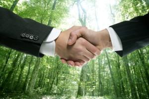 Bei Geschäftspartnern ist der Abschluss einer Risikolebensversicherung sinnvoll.