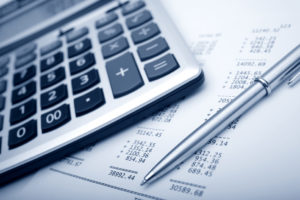 Den Rückkaufswert einer Kapitallebensversicherung zu berechnen, ist sehr kompliziert.